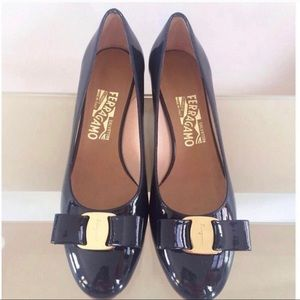 Salvatore Ferragamo Vara bow pumps heels shoes